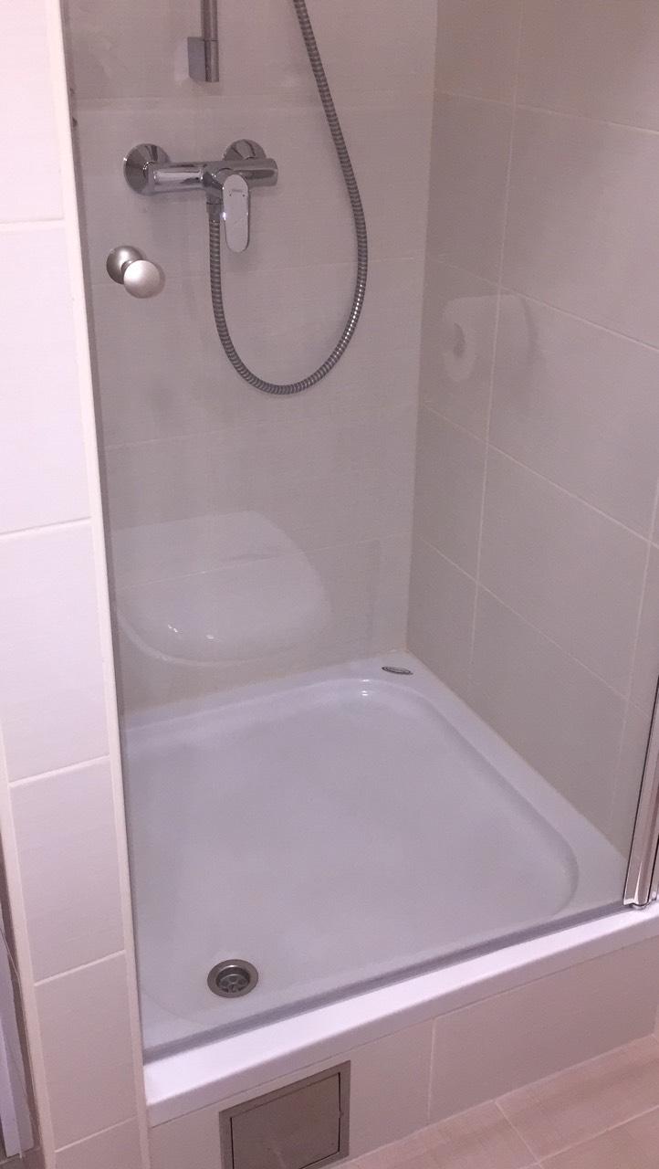 2-toilette-harmony-apartments white